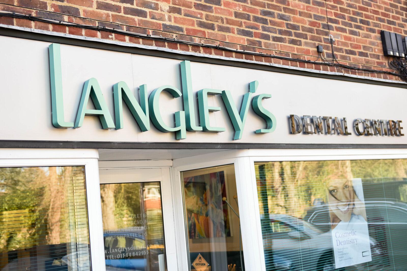Langleys Dental signage